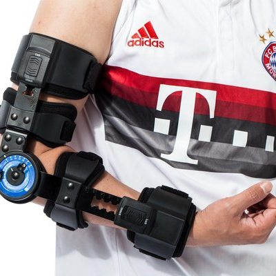 hinged elbow brace